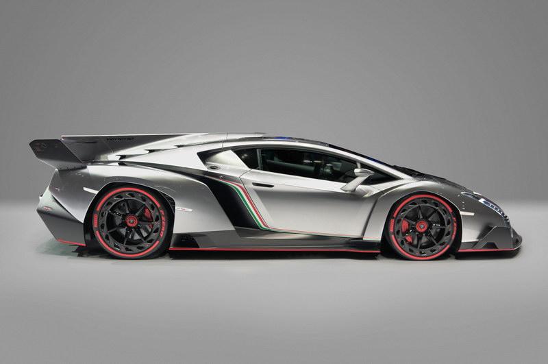 Lamborghini_Veneno,_Car_Zero_(profile)